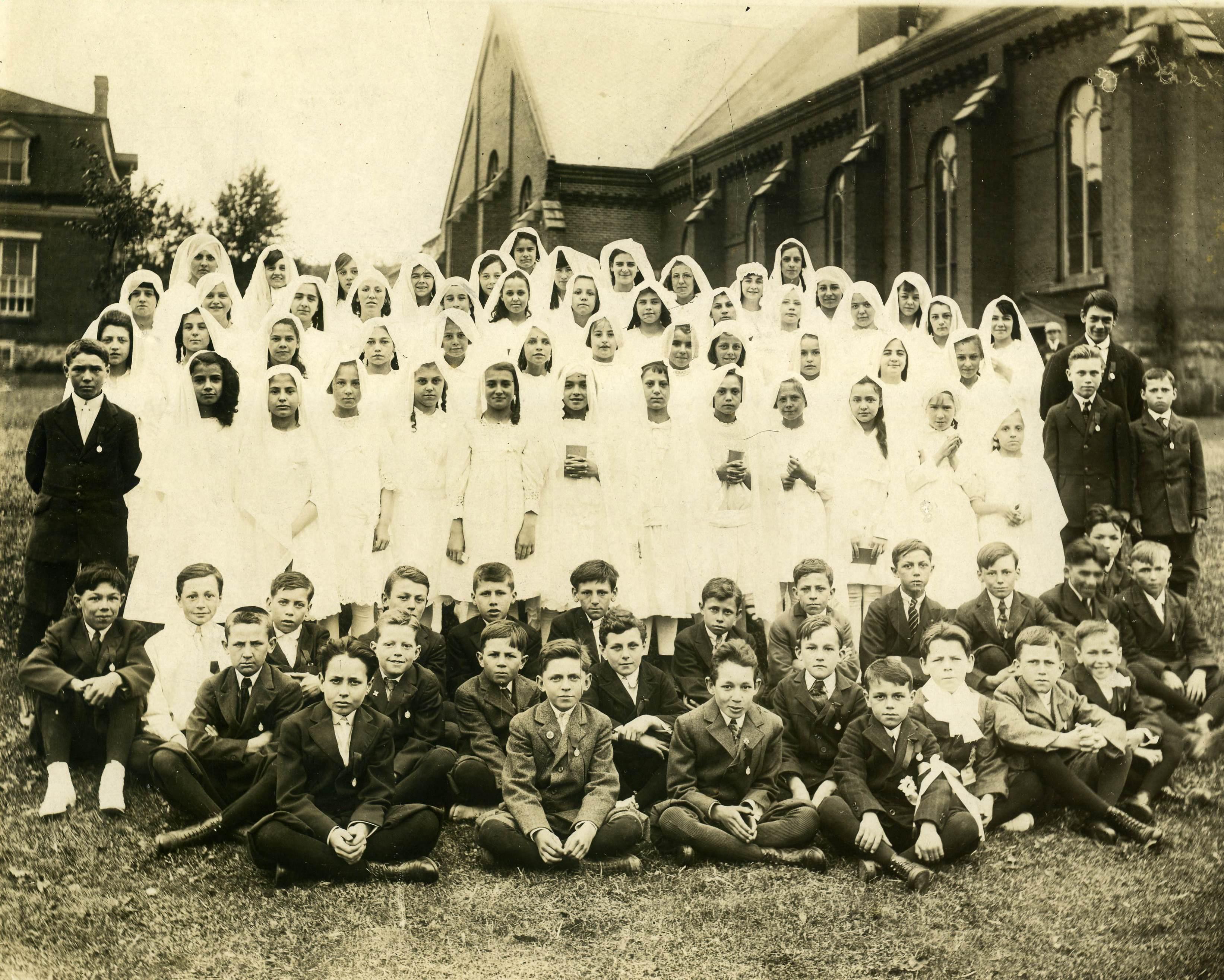 Communion solonnelle en 1915